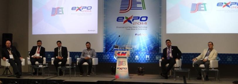 Platéia participou compartilhando experiências com palestrantes
