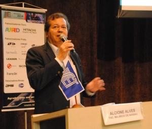 Alcione Alves afirma que é necessário criar cursos de formação para o setor