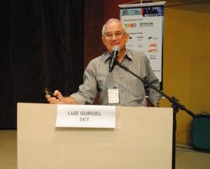 Luiz Gurgel (SET) afirma que com o apagão analógico muitas residências ficarão incapacitadas de sintonizar as emissoras da TV aberta no país