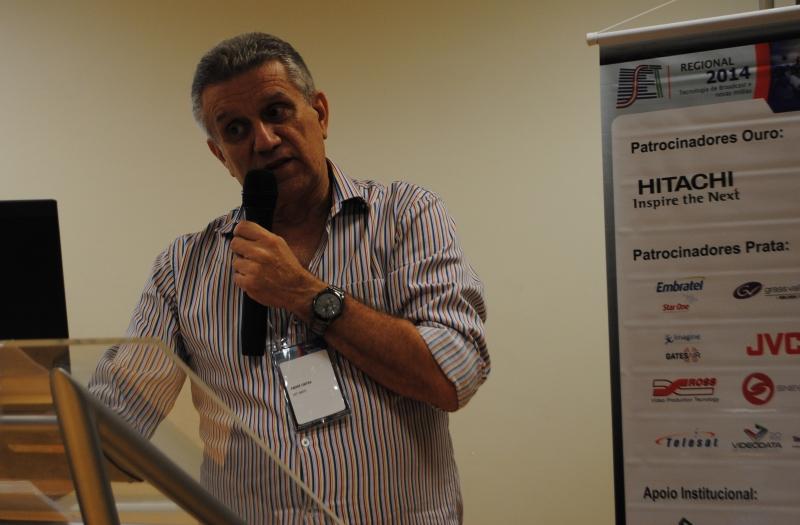 André Olha Cintra (SET/Abert) explicou os processos de migração de AM para FM