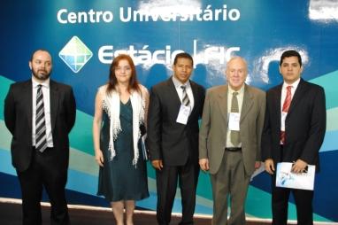 José Afonso Jr (Anatel); Carmen Lúcia (ACERT); Aminadabe Sousa (Estácio Ceará); Olímpio Franco (SET) e Esdras Miranda (SET/TV Jangadeiro)