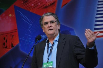 Oscar Simões, presidente da ABTA, esteve no Congresso SET