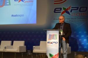 A sessão foi apresentada por Francisco Machado Filho (Unesp)
